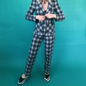 70s Pendleton grey plaid suit. wool + lined